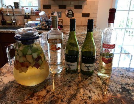 Guest blogger- Caramel Apple Sangria