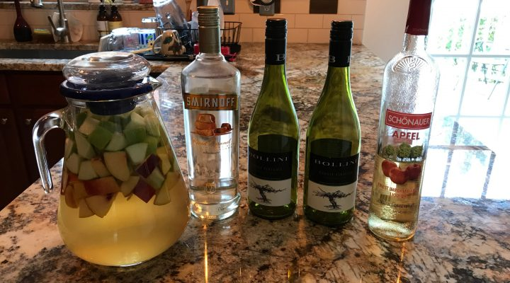 Guest blogger- Caramel Apple Sangria